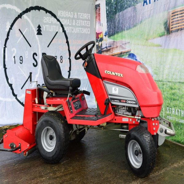 Countax lawn tractor with scarafier